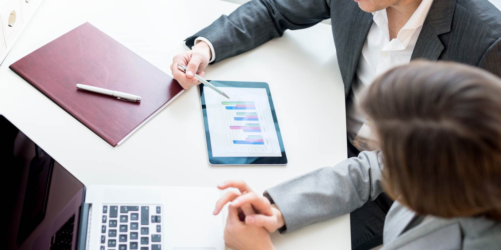 How a Virtual CFO  Can Help You to Maximize Your Business Potentials